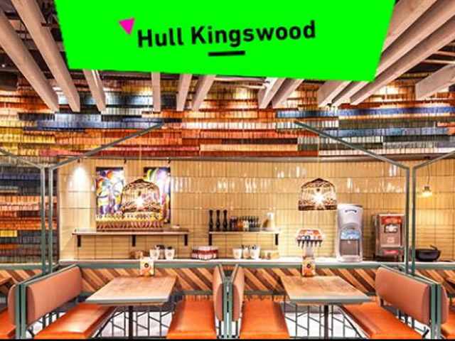 New Nandos restaurant opens on Kingswood Featured Image